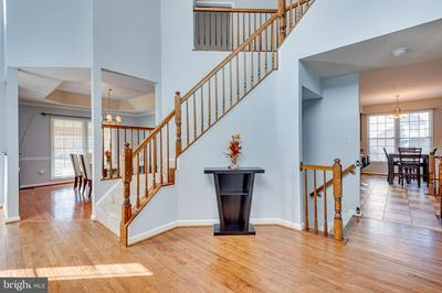 2002 BUNKER HILL CT, ODENTON, MD 21113 - Photo 2