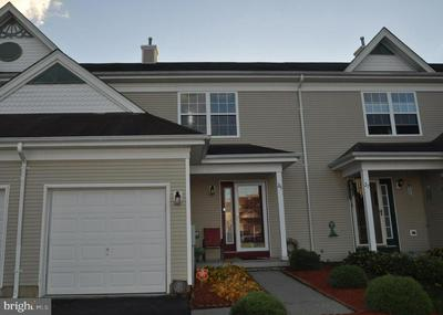 25 STRATFORD CT, BURLINGTON, NJ 08016 - Photo 1