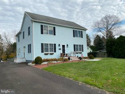 44 S BELL AVE, YARDLEY, PA 19067 - Photo 1
