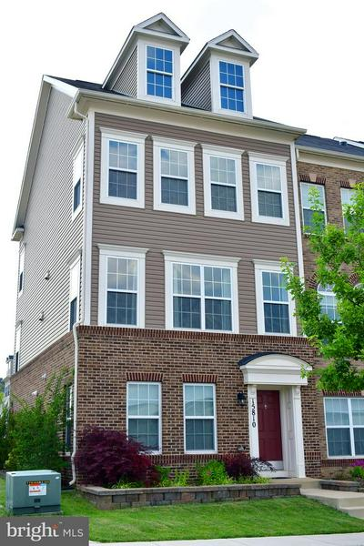 15810 COOLIDGE AVE, SILVER SPRING, MD 20906 - Photo 1
