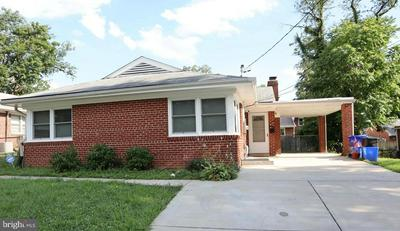 2110 FOREST GLEN RD, SILVER SPRING, MD 20910 - Photo 1