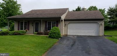 27 ARBOR DR, Myerstown, PA 17067 - Photo 1