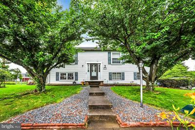589 WELLINGTON RD, Harrisburg, PA 17109 - Photo 1