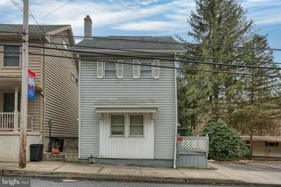 422 E MARKET ST, WILLIAMSTOWN, PA 17098 - Photo 1