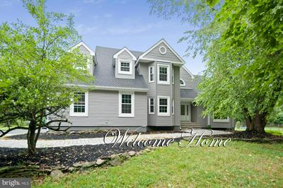 2 BENJAMIN TRL, PENNINGTON, NJ 08534 - Photo 1