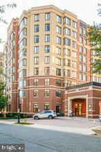 2220 FAIRFAX DR APT 811, ARLINGTON, VA 22201 - Photo 1