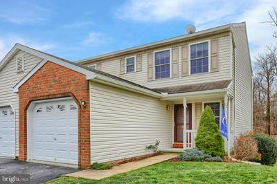 18 BEVERLY DR, MYERSTOWN, PA 17067 - Photo 2