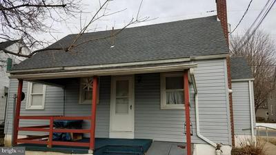 148 E SPRING ST, BECHTELSVILLE, PA 19505 - Photo 2