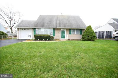 30 CURRY HILL RD, LEVITTOWN, PA 19057 - Photo 1