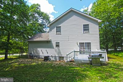 198 OAKENSHIELD DR, TAMIMENT, PA 18371 - Photo 2