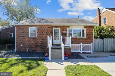 202 S TAYLOR AVE, BALTIMORE, MD 21221 - Photo 2