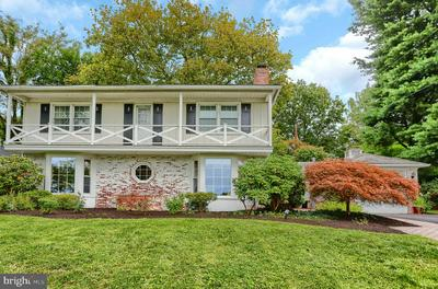 417 COUNTRY CLUB RD, CAMP HILL, PA 17011 - Photo 2