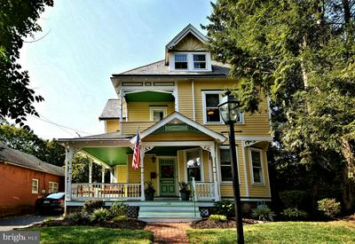 120 N LINCOLN AVE, NEWTOWN, PA 18940 - Photo 2