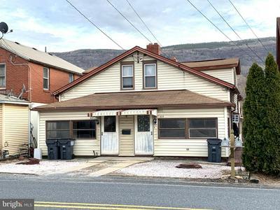 415 LITTLE GAP RD, Palmerton, PA 18071 - Photo 1