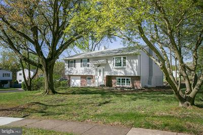 4 SCHOOL LN, Willow Grove, PA 19090 - Photo 2