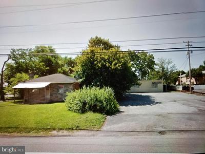 1106 E SIMPSON ST, MECHANICSBURG, PA 17055 - Photo 2