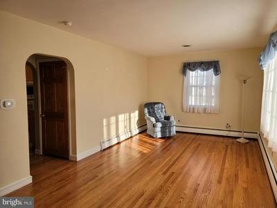 599 GREENWOOD DR, HAMMONTON, NJ 08037 - Photo 2