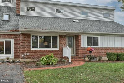 105 E GLENN RD, HERSHEY, PA 17033 - Photo 2