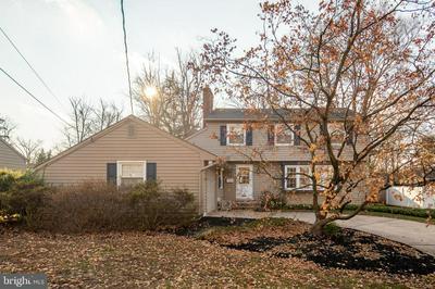 119 FENWICK RD, CHERRY HILL, NJ 08034 - Photo 2