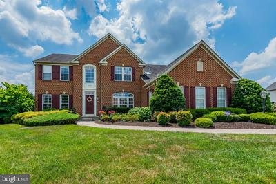 203 CLOUDLESS SKY DR, MECHANICSBURG, PA 17050 - Photo 1