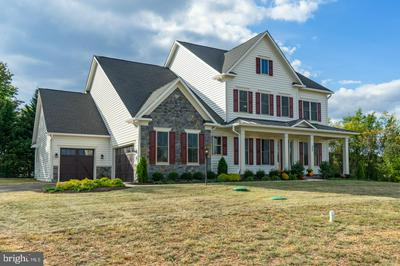 252 BARBERRY LN, LAYTONSVILLE, MD 20882 - Photo 1