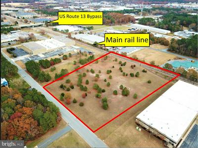 2015 INDUSTRIAL PKWY, SALISBURY, MD 21801 - Photo 1