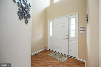 806 KENSINGTON DR, THOROFARE, NJ 08086 - Photo 2