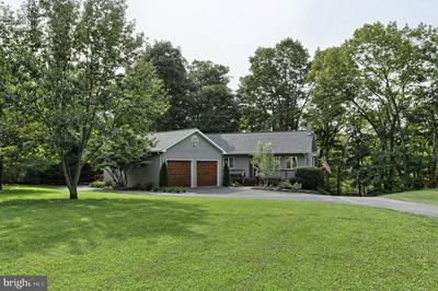 906 CLIFTON HEIGHTS RD, HUMMELSTOWN, PA 17036 - Photo 2