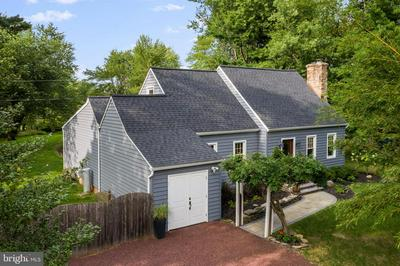 236 EDISON FURLONG RD, DOYLESTOWN, PA 18901 - Photo 2