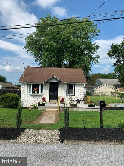 70 DARTMOUTH RD, PENNSVILLE, NJ 08070 - Photo 1