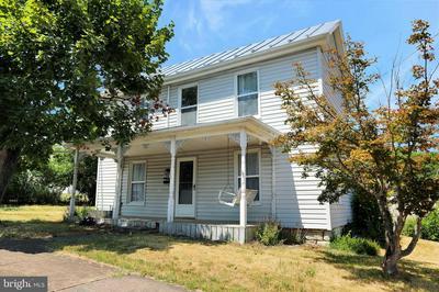 348 ASH ST, STRASBURG, VA 22657 - Photo 1