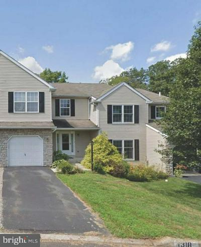 1318 VALLEY DR, LANSDALE, PA 19446 - Photo 1