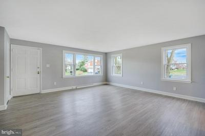100 WESTMINSTER DR, WALLINGFORD, PA 19086 - Photo 2
