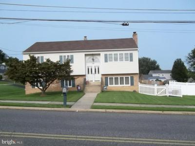 1181 CHERRY TREE RD, ASTON, PA 19014 - Photo 1