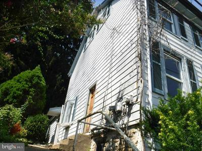 255 E MATSONFORD RD, CONSHOHOCKEN, PA 19428 - Photo 2