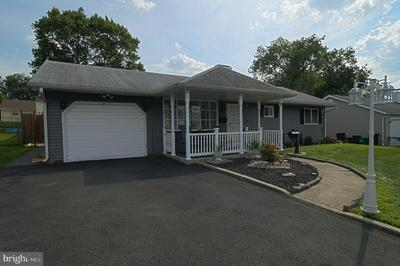 812 ELDRIDGE RD, FAIRLESS HILLS, PA 19030 - Photo 2