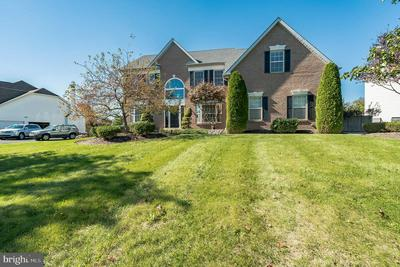 231 REGENCY DR, NORTH WALES, PA 19454 - Photo 2