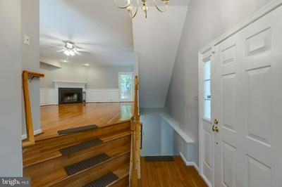 7903 GAMBRILL CT, SPRINGFIELD, VA 22153 - Photo 2