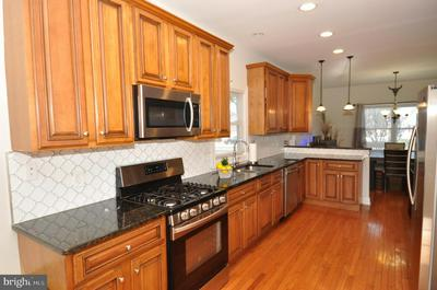 1911 ARENA DR, HAMILTON, NJ 08610 - Photo 2