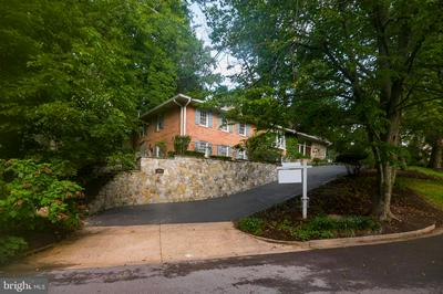 8000 GLENGALEN LN, CHEVY CHASE, MD 20815 - Photo 2