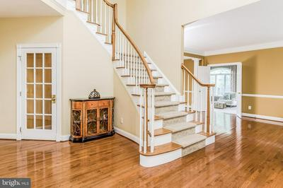 10 BUNTING DR, CHESTERFIELD, NJ 08515 - Photo 2