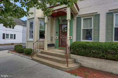 315 MARKET ST, NEW CUMBERLAND, PA 17070 - Photo 2