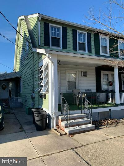 1025 LYNDALE AVE, TRENTON, NJ 08629 - Photo 1
