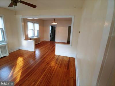 405 S WARWICK RD, MAGNOLIA, NJ 08049 - Photo 1