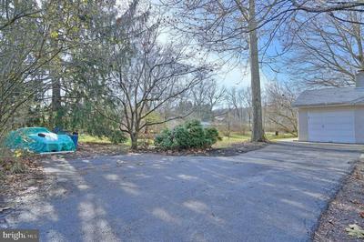 6277 GLENN AVE, COOPERSBURG, PA 18036 - Photo 2