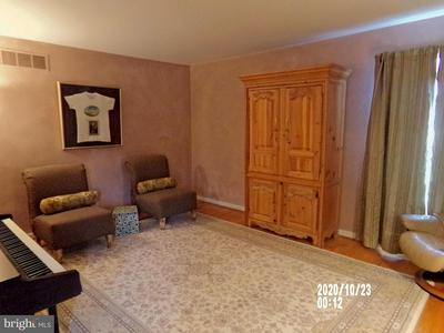 199 SCHWENK RD, PERKIOMENVILLE, PA 18074 - Photo 2