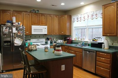 9313 CHINA GROVE CT, MANASSAS, VA 20110 - Photo 2