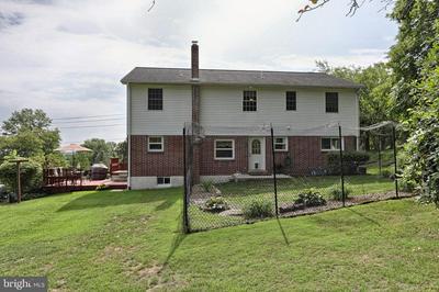 340 CLARK RD, HUMMELSTOWN, PA 17036 - Photo 2
