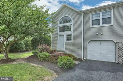 6171 SPRING KNOLL DR, Harrisburg, PA 17111 - Photo 1