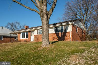 5802 SNELL DR, HARRISBURG, PA 17109 - Photo 2
